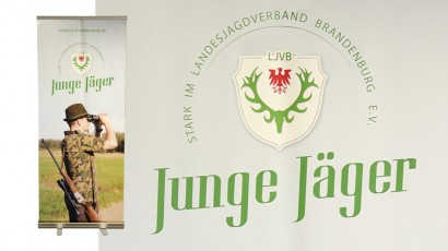 3425-Logo und Roll-Up Display